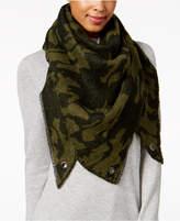 Steve Madden Camo Stars Triangle Blanket Wrap