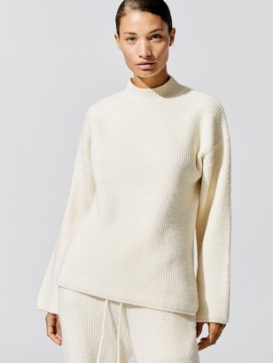 Carbon38 Long Sleeve Sweater Turtle Neck