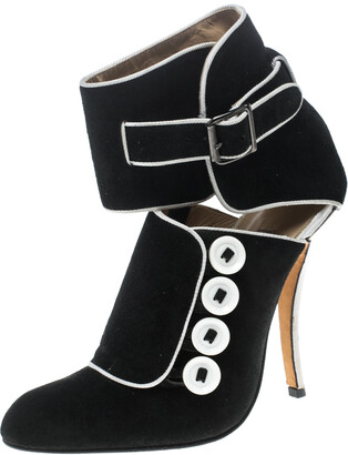 Manolo Blahnik Black/White Suede and Fabric Rapacina Button Detail Booties Size 35.5