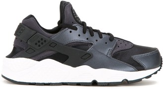 Nike 'Air Huarache Run SE' sneakers