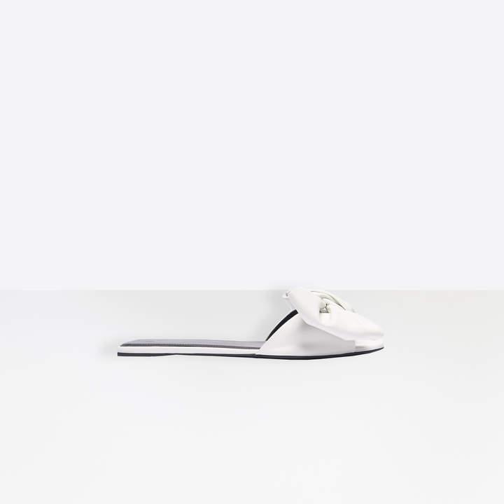 Balenciaga Square Knife Bow Flat Mules in white nappa leather