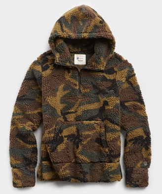 Todd Snyder + Champion Japanese Sherpa Hoodie in Olive Camo Print