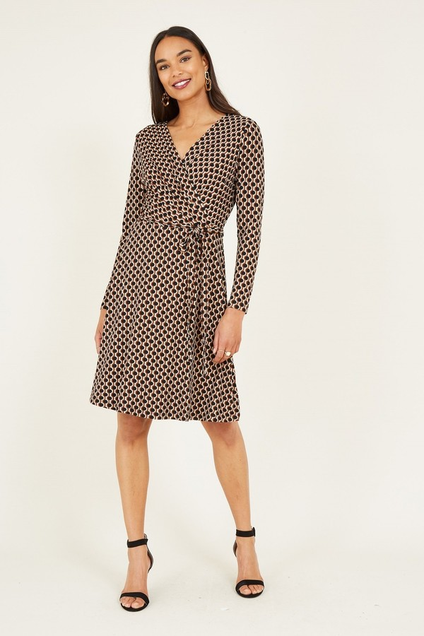 Yumi Geometric Print Wrap Jersey Dress