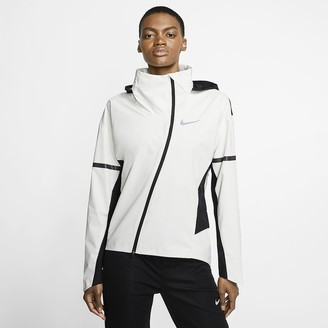 Nike Women's Hooded Running Jacket AeroShield