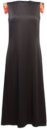 Lake Studio Contrasting Structured Sleeve Midi Dress