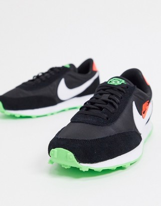 Nike Daybreak trainers in black and green