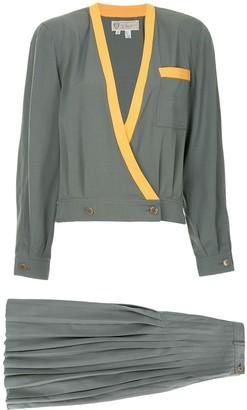Gucci Pre Owned Gucci Vintage logos setup suit jacket skirt