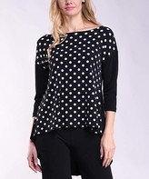 Lbisse Women's Tunics Black - Black & Ivory Polka Dot Hi-Low Three-Quarter Sleeve Dolman Tunic - Women & Plus