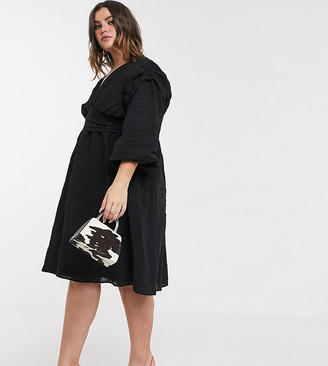 Lost Ink Plus Lost Ink plus midi dress with balloon sleeves and full skirt in textured fabric-Black