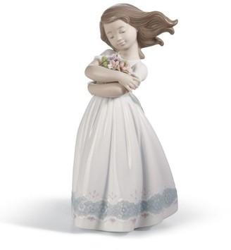 Lladro Tender Innocence Figurine