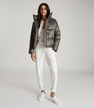 Reiss Freja - Cropped Puffer Jacket in Khaki