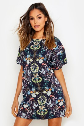 boohoo Oriental Floral Cap Sleeve Shift Dress