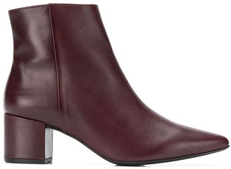 Högl pointed ankle boots