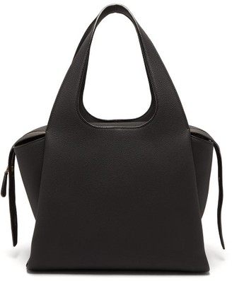 The Row Tr1 Large Grained-leather Bag - Womens - Black