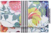 Designers Guild Amrapali Floral Design Manicure Set