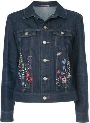 GUILD PRIME floral-embroidered denim jacket