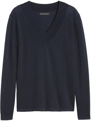 Banana Republic JAPAN EXCLUSIVE Washable Merino V-Neck Sweater
