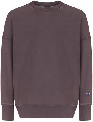 Champion Logo-Patch Crew-Neck Sweatshirt