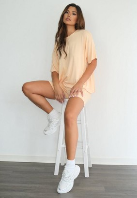 Missguided Petite Peach T Shirt And Biker Shorts Co Ord Set
