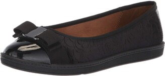 SoftStyle Soft Style Women's Faeth Ballet Flat