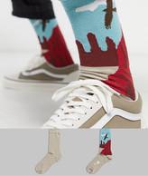 Asos Design DESIGN 2 pack ankle sock with desert scenary print