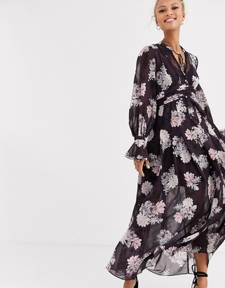 Forever New maxi dress in purple floral print-Multi
