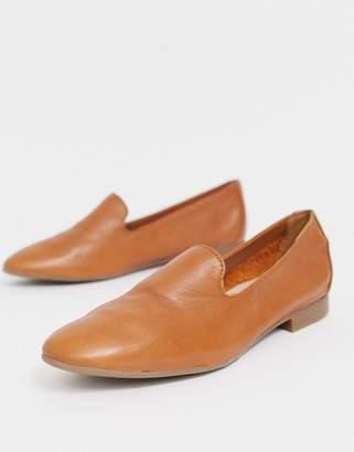 Aldo leather tan flat loafers