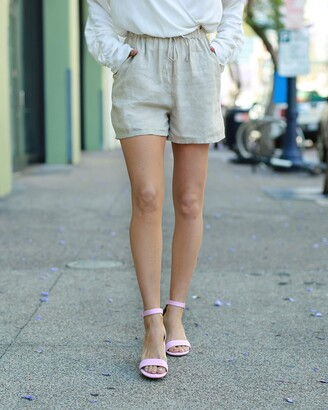 The Drop Women's Natural Elastic Waist Linen Short by @paolaalberdi XS