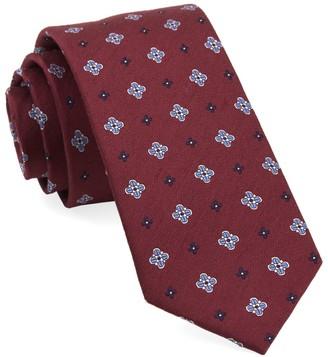 Tie Bar Harbor Medallions Burgundy Tie