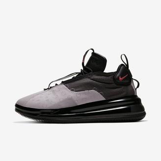 Nike Men's Shoe 720 Waves