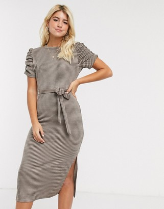 New Look ruched sleeve dress with tie waist in check