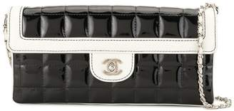 Chanel Pre-Owned 2010 varnished Choco Bar clutch