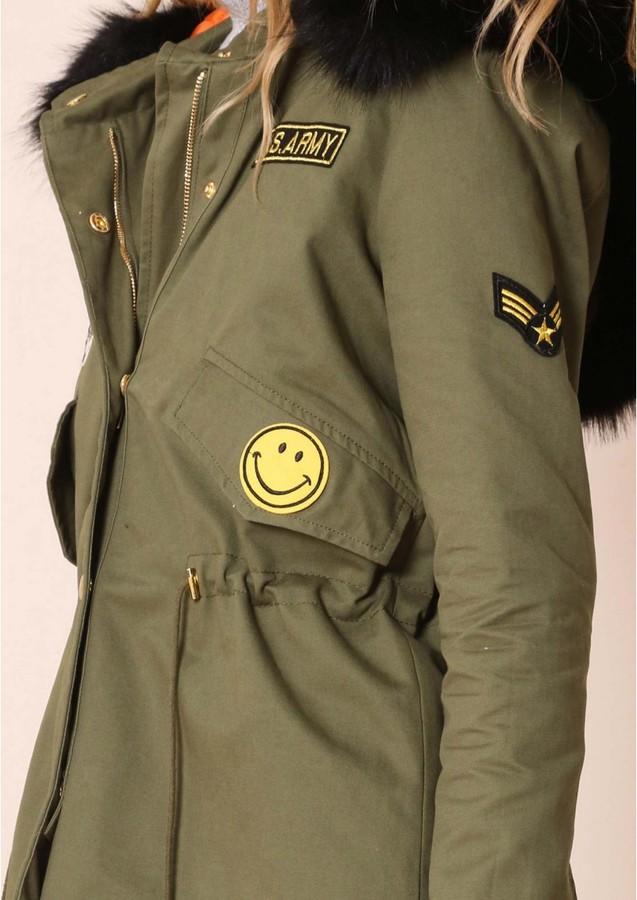 Missy Empire Jade Black Faux Fur Hood Badge Detail Parka
