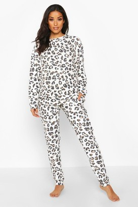 boohoo Maternity Super Soft Leopard Lounge Set