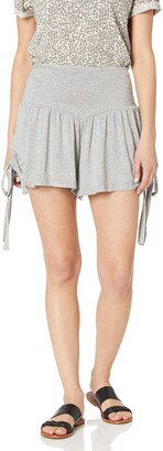 LIRA Women's Apex Solid Side Ties Short