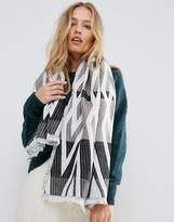 Yumi Abstract Knit Scarf