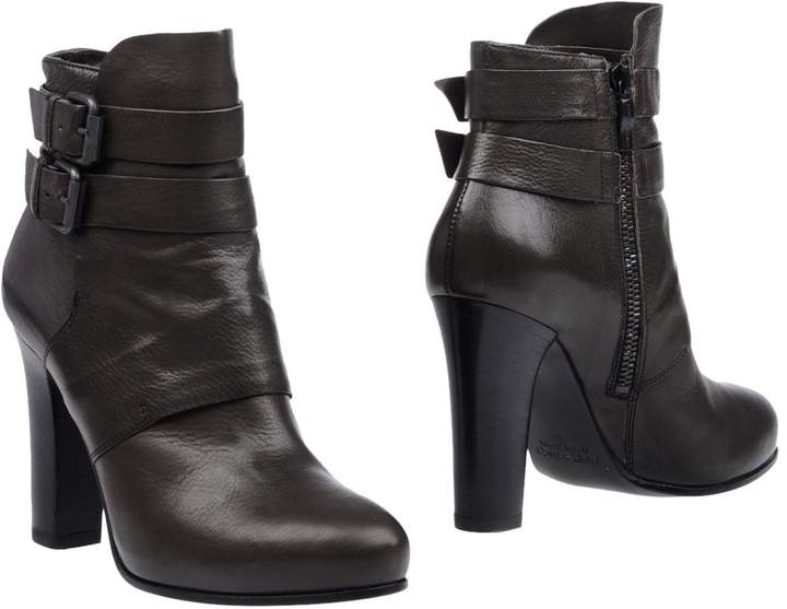 Janet & Janet Ankle boots - Item 11280882
