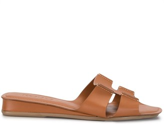 Rodo Cut-Out Leather Slides
