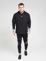 SikSilk Long Sleeved Essential Undergarment Chain Cuff T-Shirt - Black