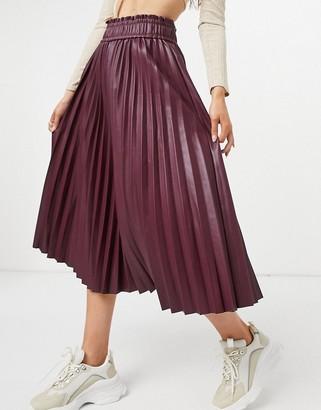 Vero Moda pleated leather look midi skirt in burgundy