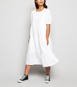 New Look Petite Broderie Puff Sleeve Midi Dress