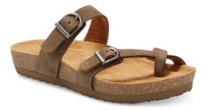 Eastland Shoe Eastland Women's Tiogo Thong Sandals Women's Shoes