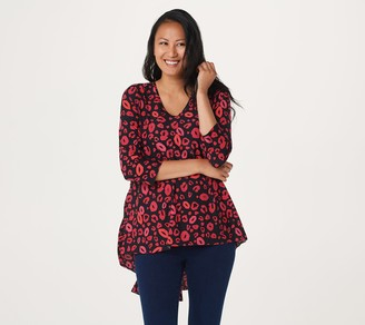 Women With Control Attitudes by Renee Regular Printed Pleated Back Top