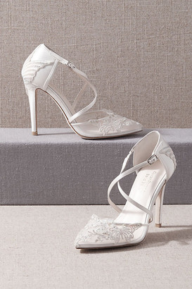 Bella Belle Alsace Heels By in White Size 9
