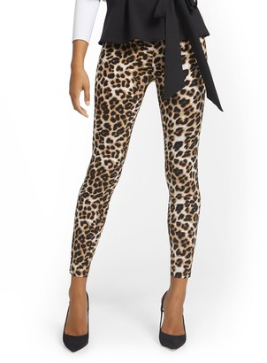 New York & Co. Petite Whitney High-Waisted Pull-On Slim-Leg Pant - Leopard
