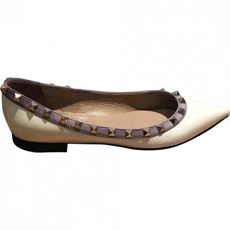 Valentino Rockstud White Patent leather Ballet flats