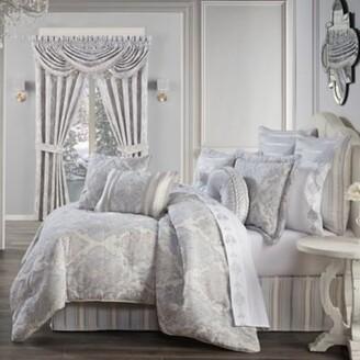 J Queen New York Iceland 4-Piece Queen Comforter Set in Powder Blue