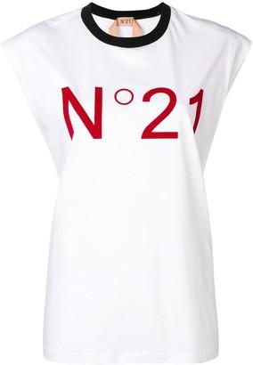 No.21 logo top