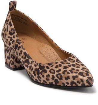 Susina Edith Leopard Print Block Heel Pump