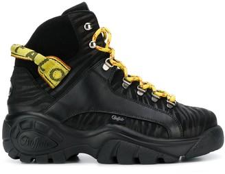 Buffalo David Bitton Gisele logo boots